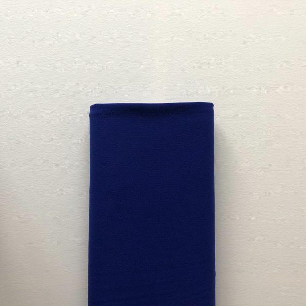 Double crepe in het kobaltblauw. Fantastische valling